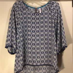 Blue and White Pattern Top